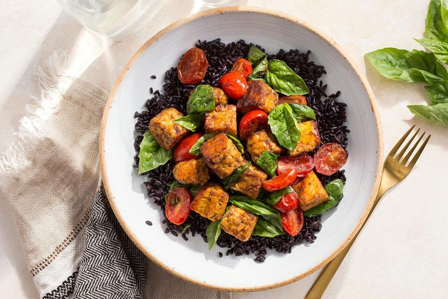 Curried tempeh stir-fry with black rice