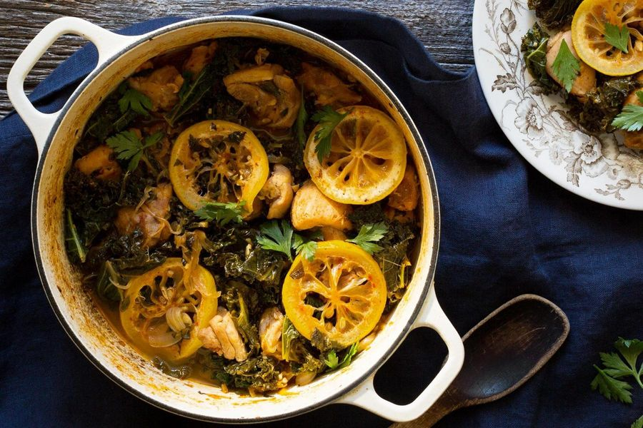 Lemon chicken with sweet smoked paprika and kale