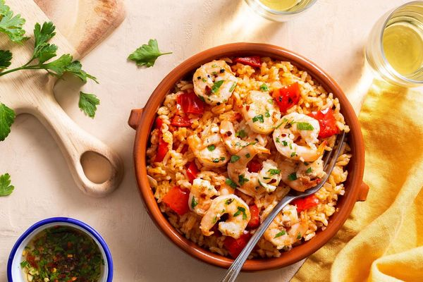 Mediterranean garlic shrimp with Spanish rice