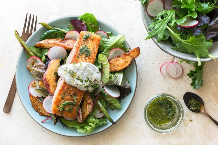 Salmon Nicoise With Roasted Potatoes And Green Beans Sun Basket