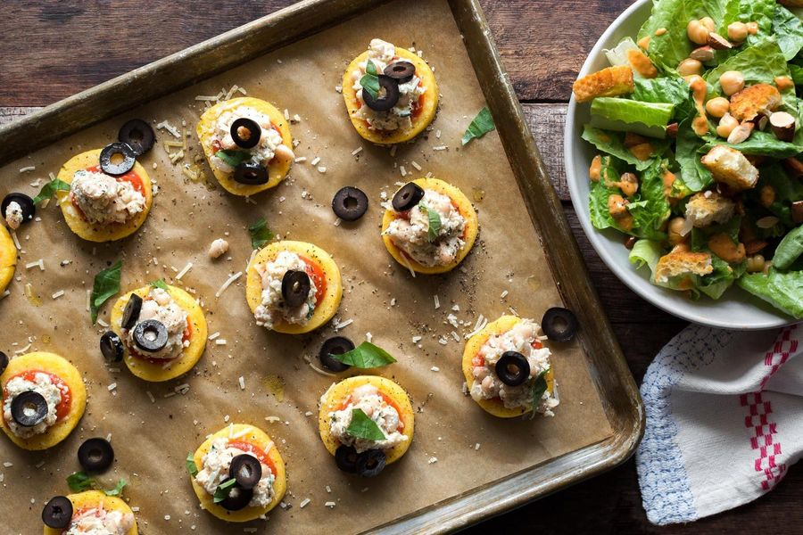Mini polenta pizzas with Mediterranean salad