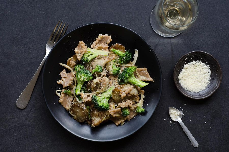 Farro pasta with sunchokes and broccoli in a light cream sauce