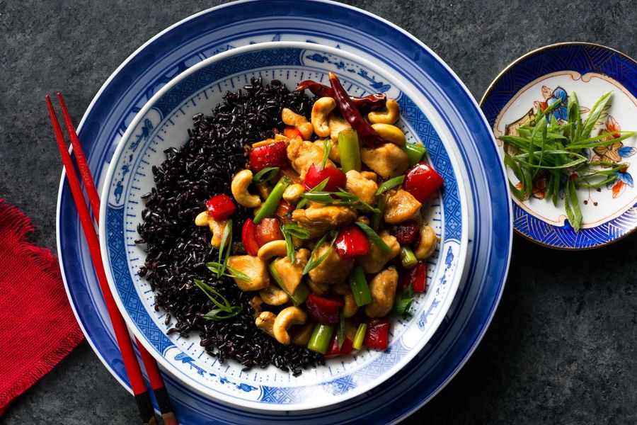 Gong bao chicken with cashews and black rice