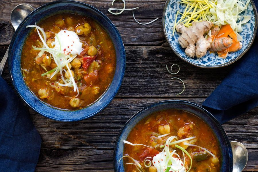 Burmese tomato-chickpea soup with lemongrass