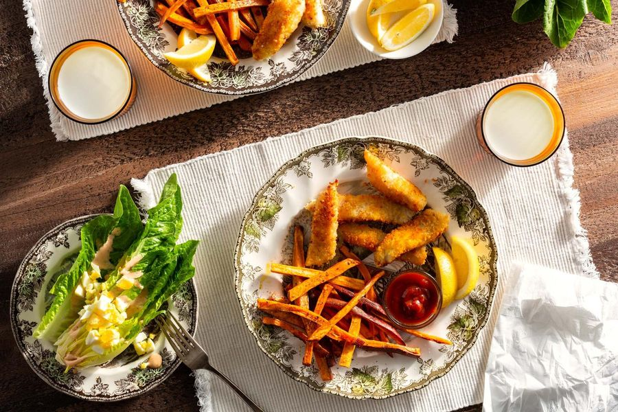 Fish sticks with oven fries and Thais' Thousand Island wedge salad
