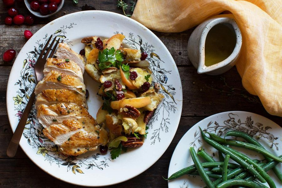 Chicken with cranberry-pecan bread salad and green beans