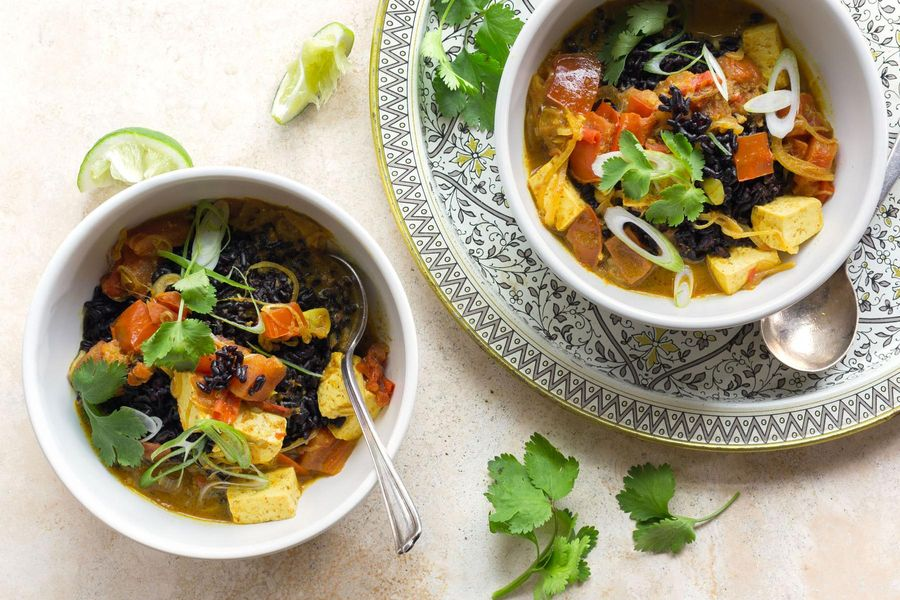 Madras coconut curry with tofu, black rice, and lime
