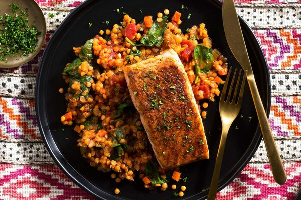 Moroccan-spiced king salmon with lentils, tomatoes, and baby spinach