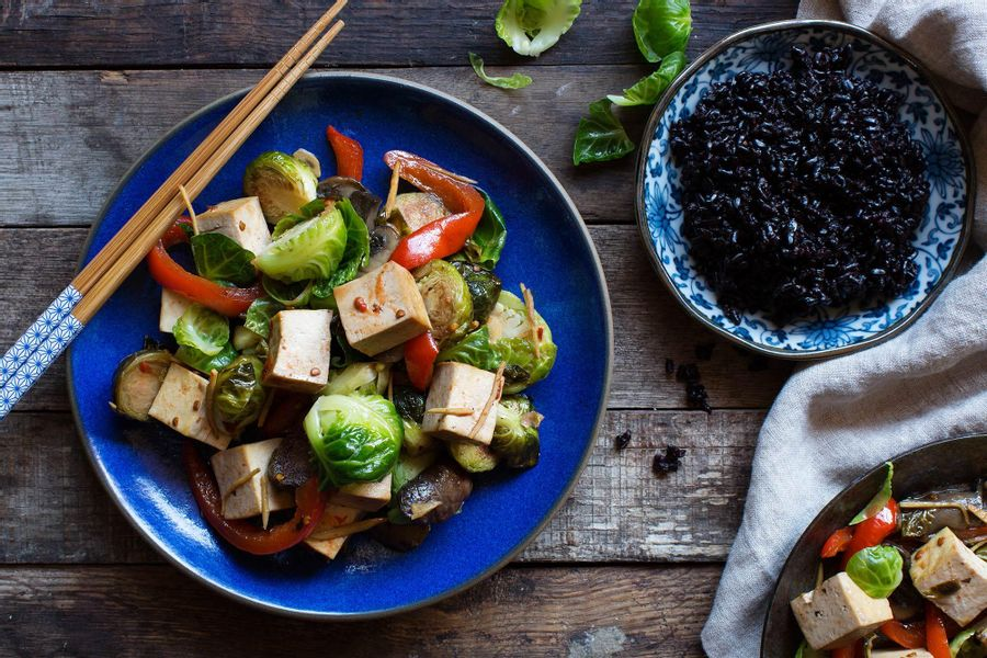Sweet And Spicy Brussels Sprouts With Tofu And Shiitake ...
