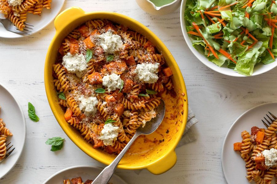 Baked pasta with butternut squash and Green Goddess salad