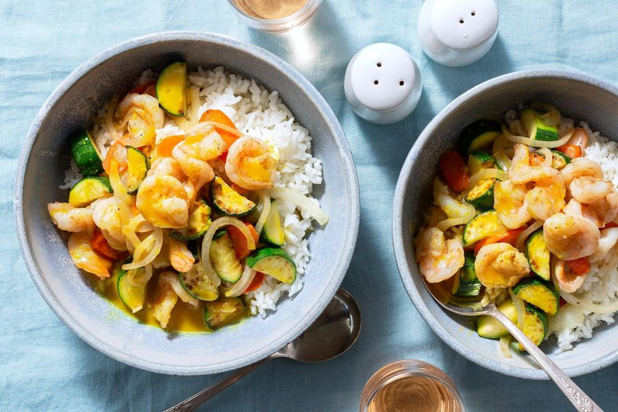 Thai shrimp yellow curry with zucchini and carrots
