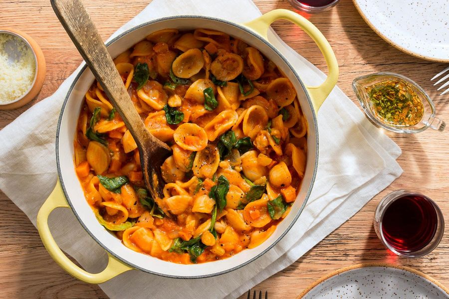 Roman orecchiette and chickpeas with spinach