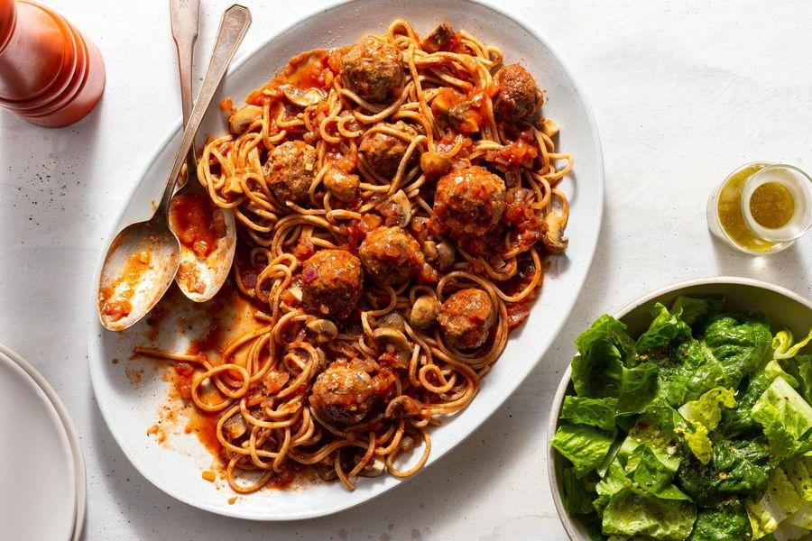 Spaghetti and Meatballs with Mushroom Marinara and Italian Salad | Sun  Basket