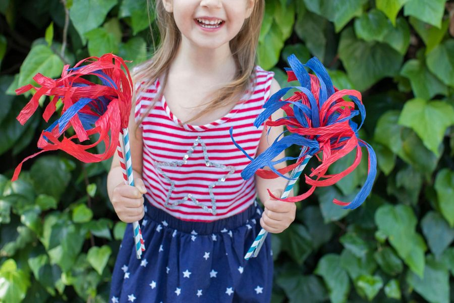 Light up your 4th of July with these Crepe Paper Sparklers