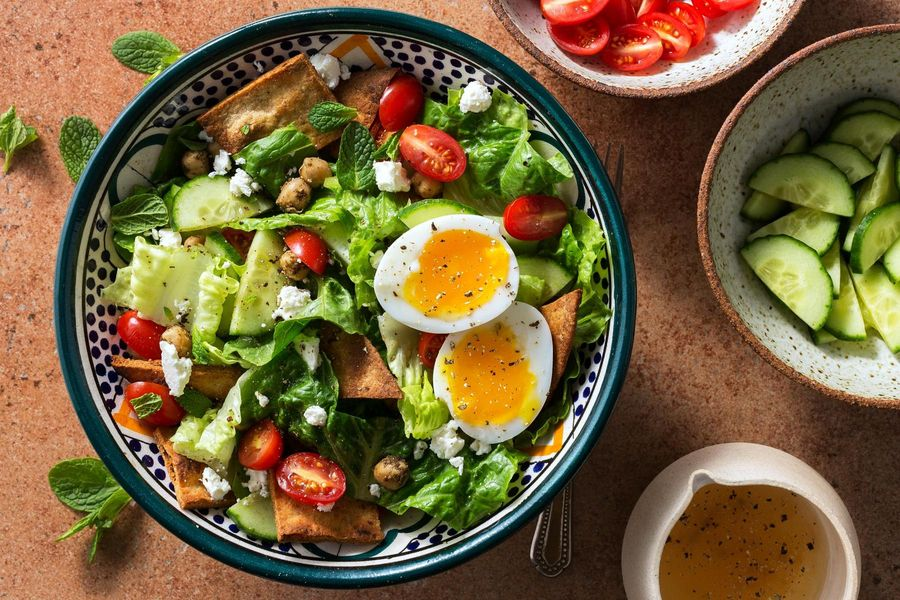 Fast fattoush salad with soft-cooked eggs and za'atar-spiced chickpeas