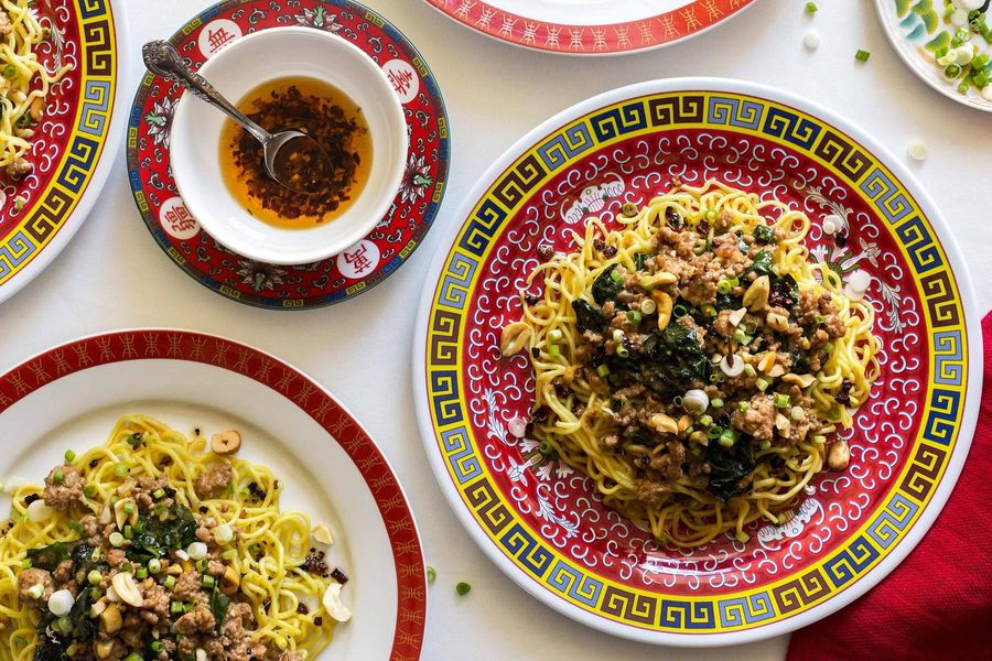 Sichuan dan dan noodles with ground pork and kale