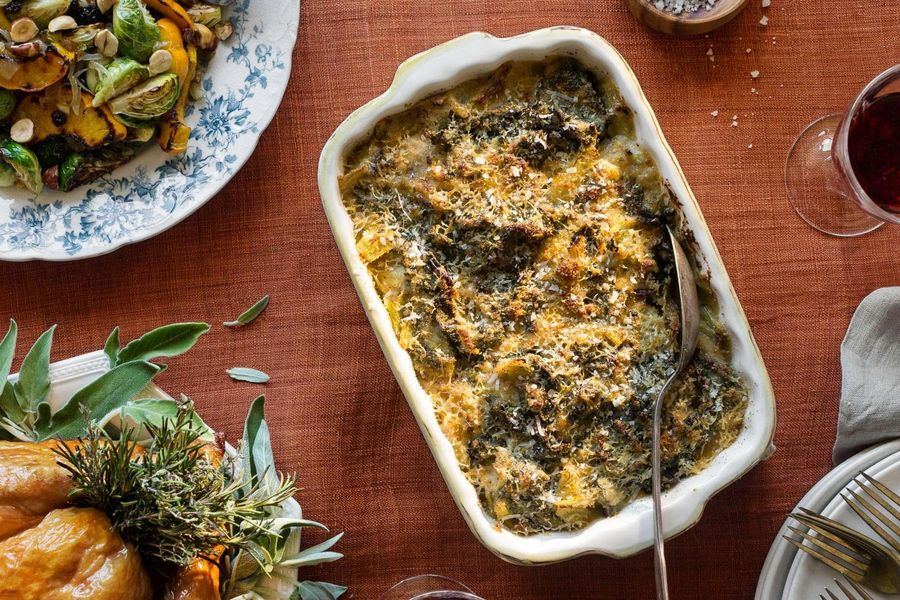 Kale and leek gratin with Gruyère