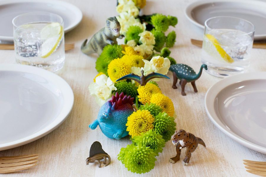Dinosaur Table Garland