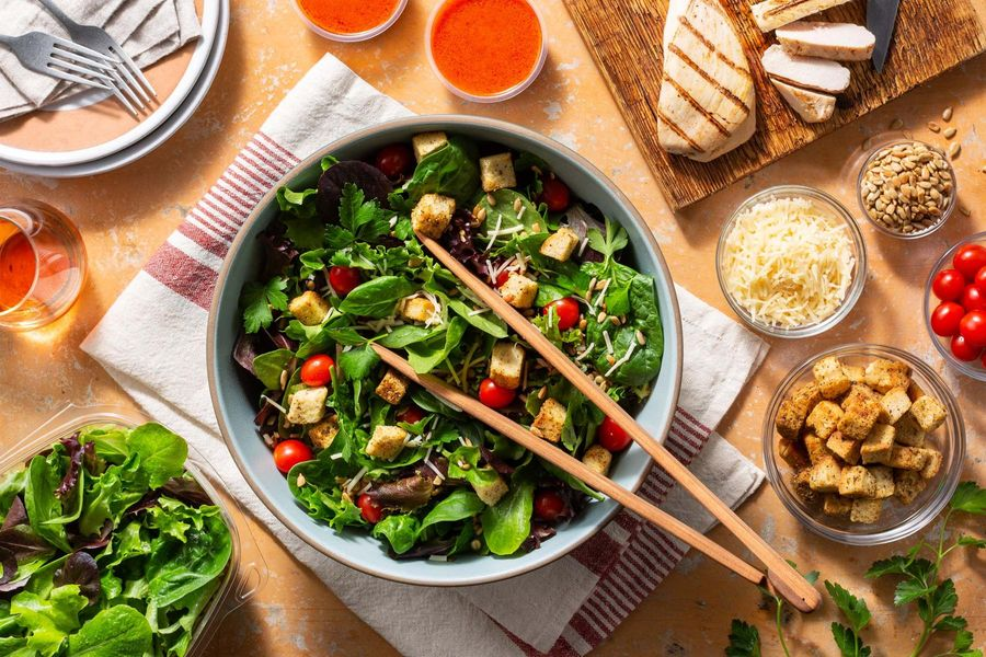 Four 5-Minute Organic Salads that are Better than your Sad Desk Lunch