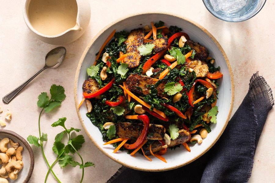 Miso-glazed tempeh salad with bell pepper and cashews