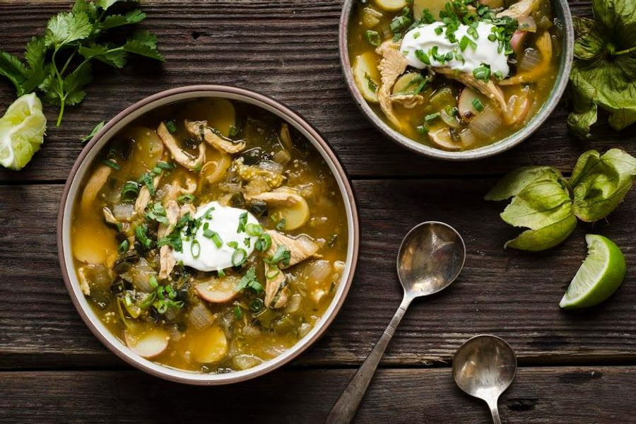 Chili verde stew with roasted tomatillos and chicken