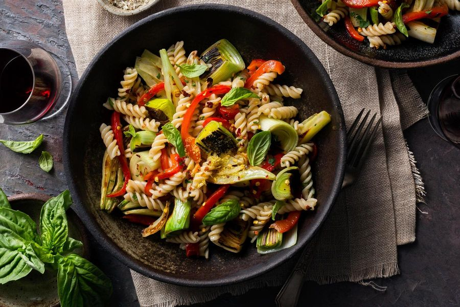 Fusilli with leeks, fennel, and roasted red pepper