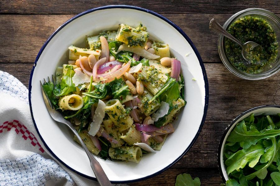 Rigatoni with parsley-pecan pesto and white beans