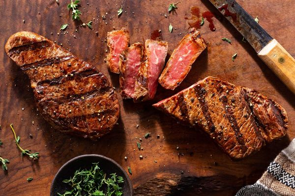 Organic rib-eye steaks (2 count)