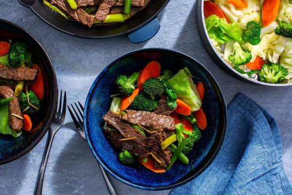 Gingered-steak stir-fry with steamed vegetables