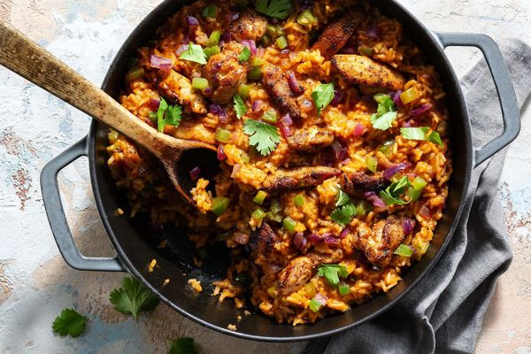One-pot chicken and Spanish rice