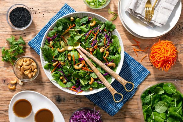 Organic rainbow Asian salad for 2