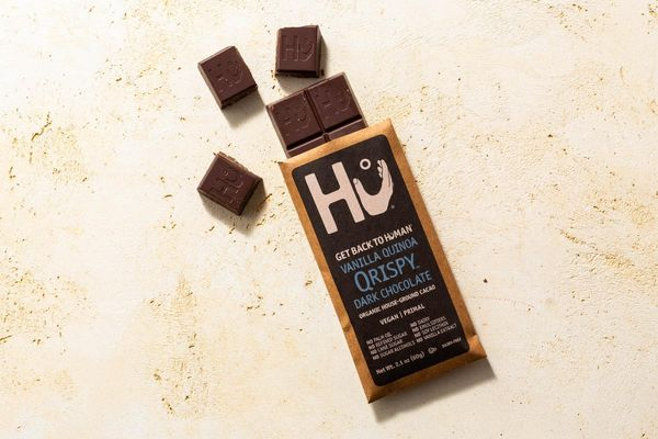 Vanilla quinoa Qrispy dark chocolate bar