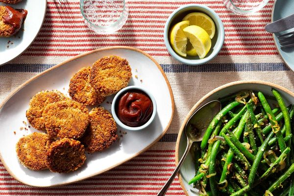 Crispy tempeh tenders with BBQ sauce and lemon-shallot green beans