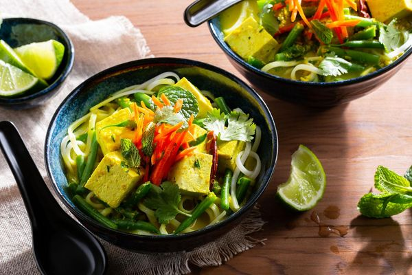Malaysian tofu laksa with green beans and rice noodles