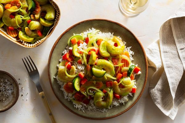 Thai green curry with shrimp, zucchini, and jasmine rice