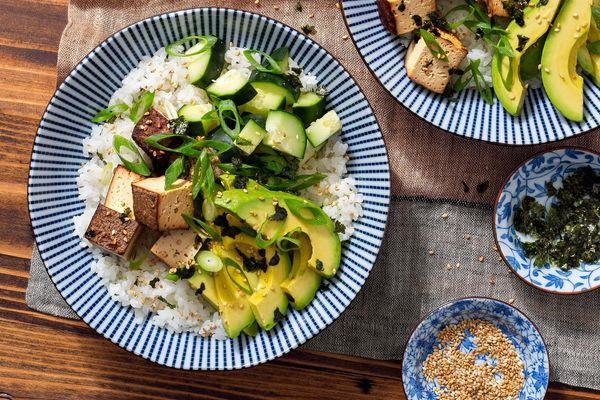 Fast California tofu bowls with avocado and nori