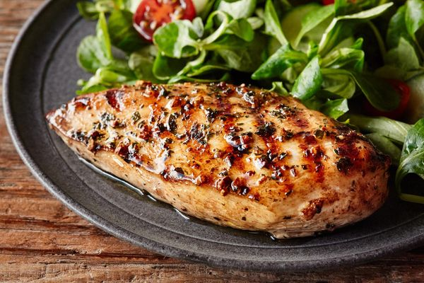 Boneless skinless chicken breasts (2 count)