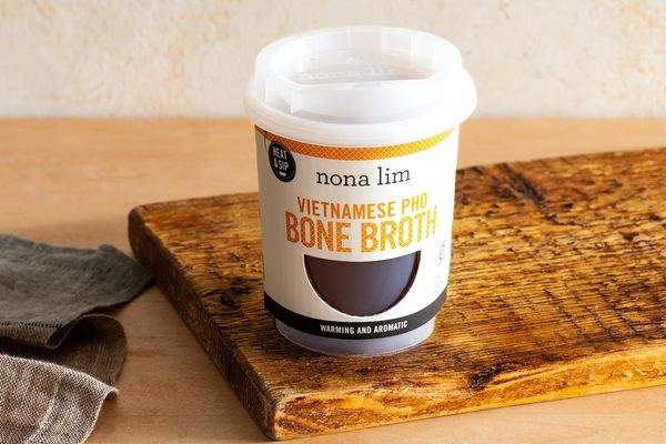 Vietnamese pho bone broth