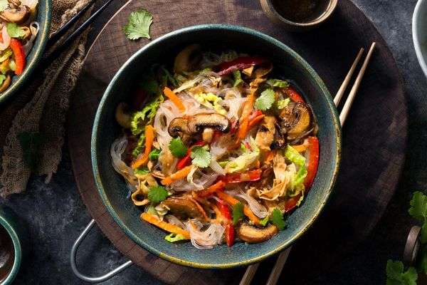 Glass noodle bowls with spicy yuba and stir-fried vegetables
