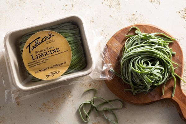 Fresh spinach linguine
