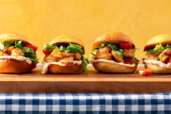 Shrimp po' boy sliders with remoulade and tomatoes