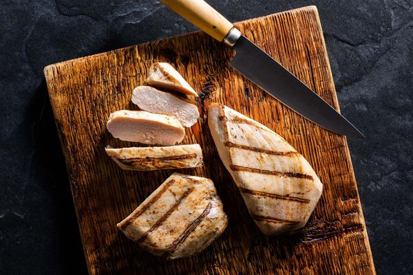 Organic cooked boneless skinless chicken breasts (2 count)