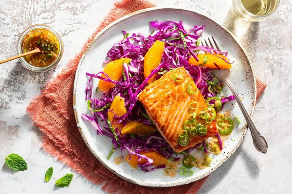 Thai salmon with orange-cabbage slaw
