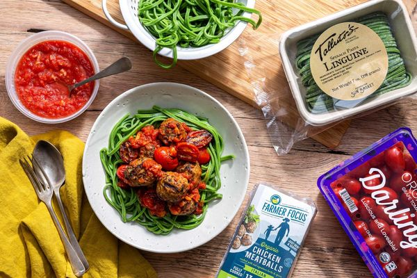 Spinach Linguine, Arrabbiata, Chicken Meatballs, and Tomatoes