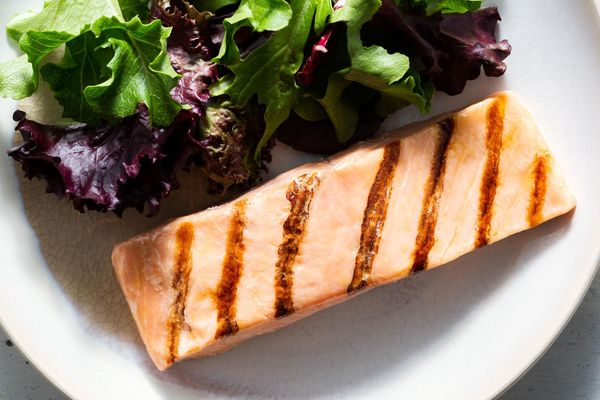 Sustainably Raised Pre-Grilled Norwegian Salmon Fillets (4 oz / serving)